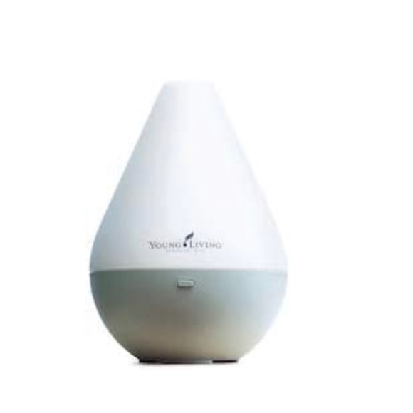 Young Living's Dewdrop Diffuser